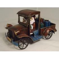 Bil med julemand og dreng